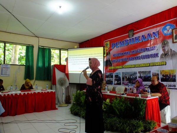Kepala Dinas P dan K Kabupaten Wonogiri Buka Kegiatan KKG Jatisrono