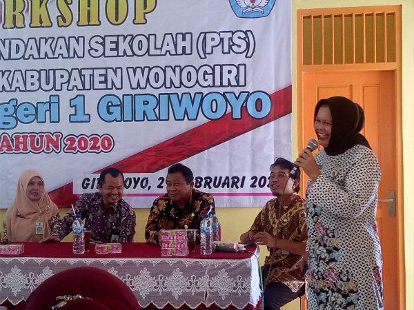 Hadirkan Para Pakar, MKKS SMP 03 Gelar Workshop Penelitian Tindakan Sekolah