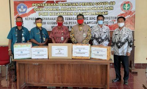 Peringati Hardiknas 2020, Wilayah Bidikcam Karangtengah Sumbangkan Masker