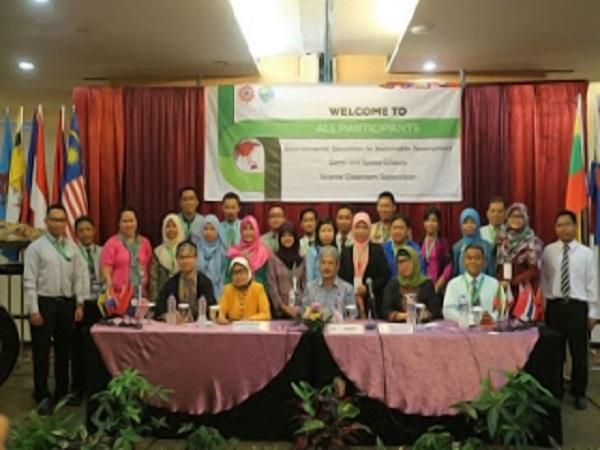 Rahayu Widayanti, 10 Hari Belajar Bersama Sahabat Asia Tenggara